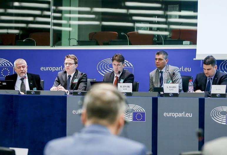 SZNT-győzelem: Nyilvántartásba vették a nemzeti régiókról szóló európai polgári kezdeményezést