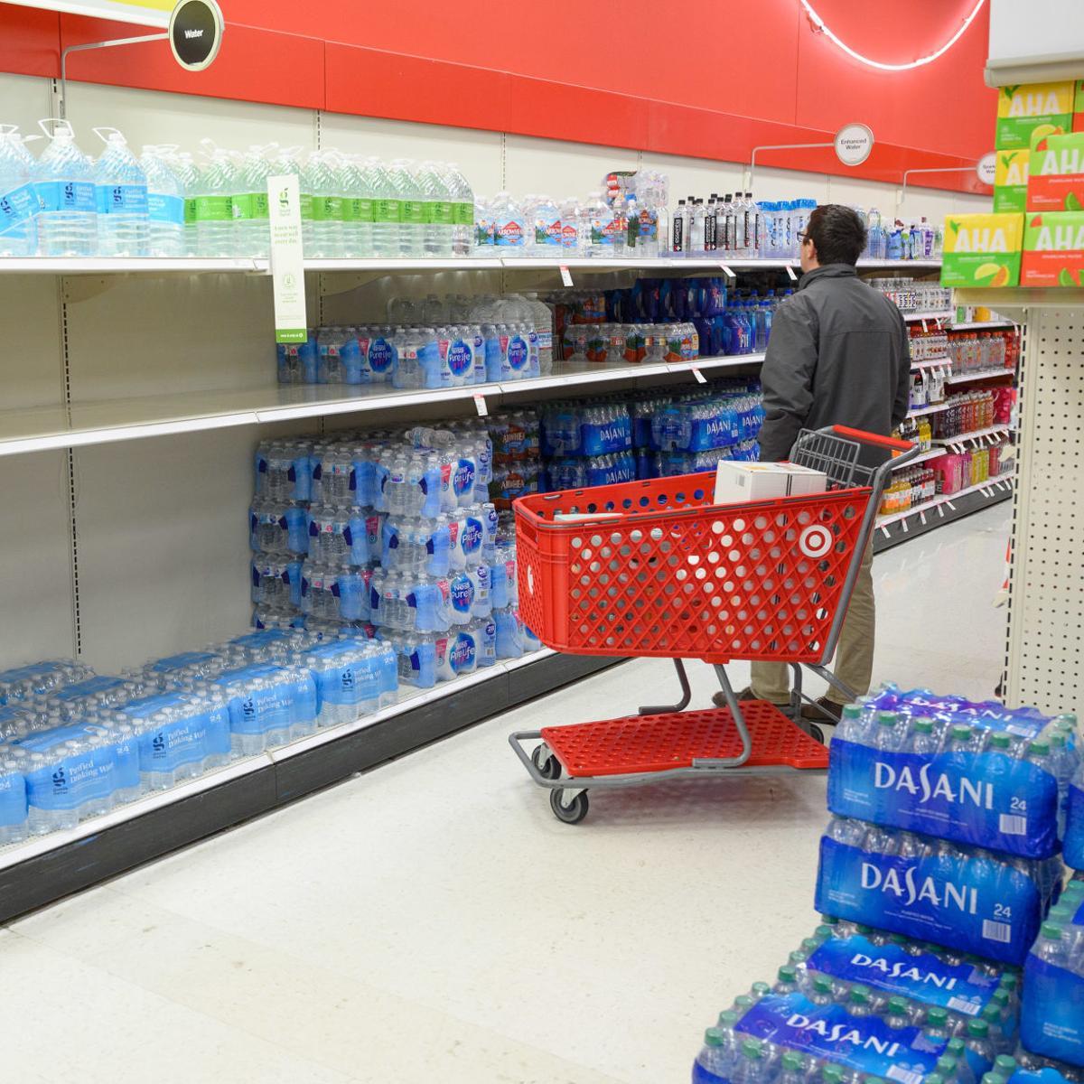 A bevásárlás maradjon az észszerűség határain belül.   Fotó: dw.com
