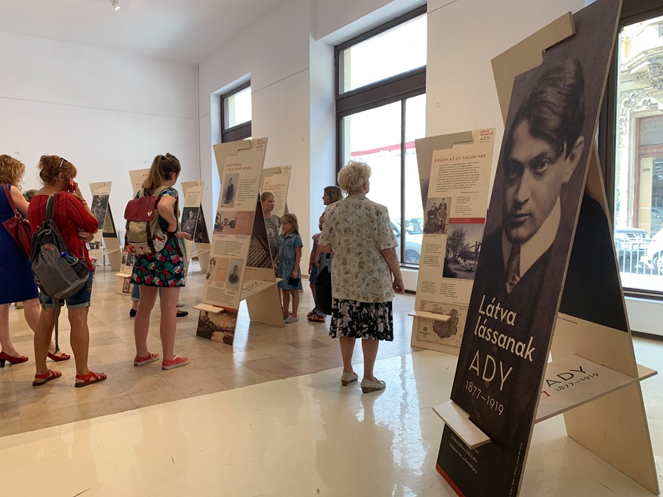 Az Ady–kiállítás megnyitója | Forrás: Facebook