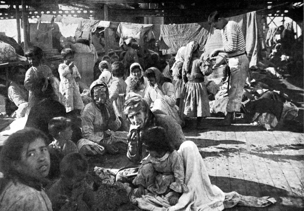 Örmény deportáltak | Forrás: Wikipédia