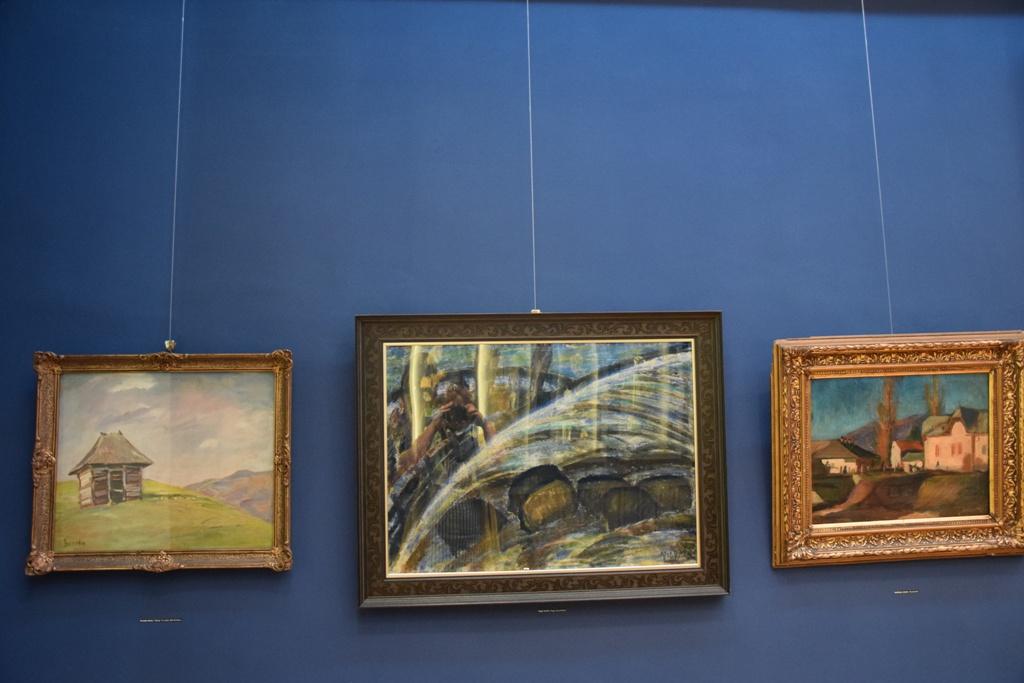 Gruzda János, Nagy István és Boldizsár János festményei a kék teremben