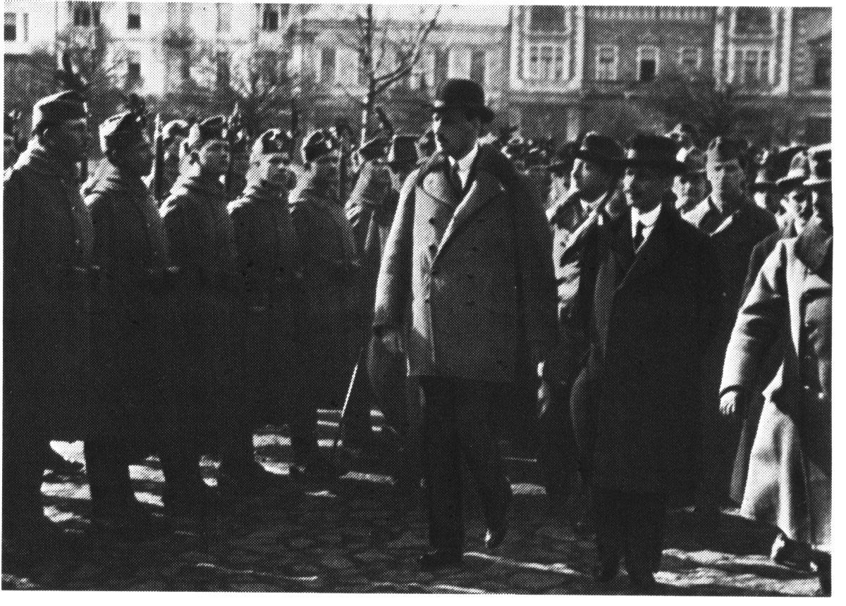 Károlyi Mihály találkozik a Székely Hadosztállyal 1919 márciusában | Forrás: Wikipédia