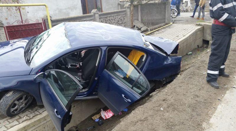 Két kamionnal ütközött a testvérpár autója, egyikük meghalt