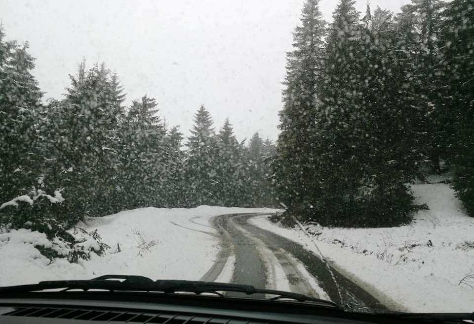 Székelyföld magasabban fekvő térségein hull a hó