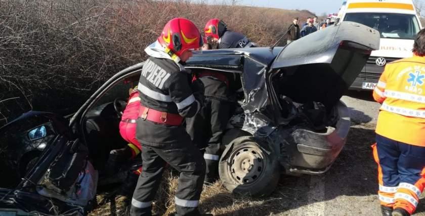 Durva balesetben egy ember meghalt, ketten súlyosan megsérültek