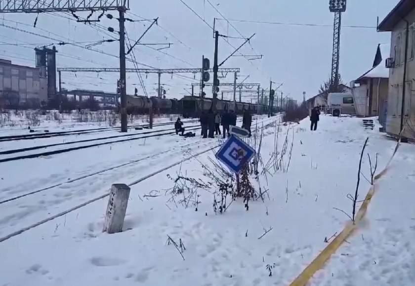 Kiugrott a mozgó vonatból, meghalt a 16 éves fiatal