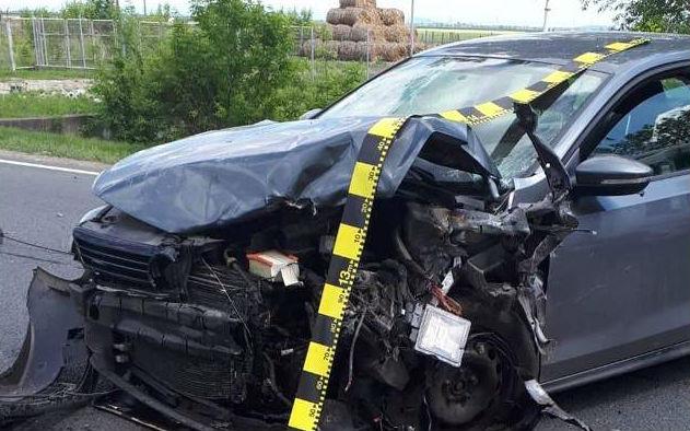 Durva autóbaleset Arad közelében