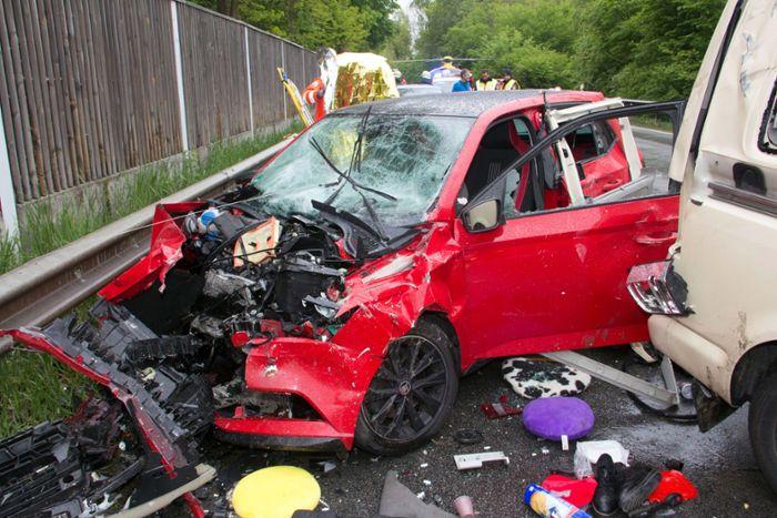 Román kisbusz okozott halálos balesetet Németországban