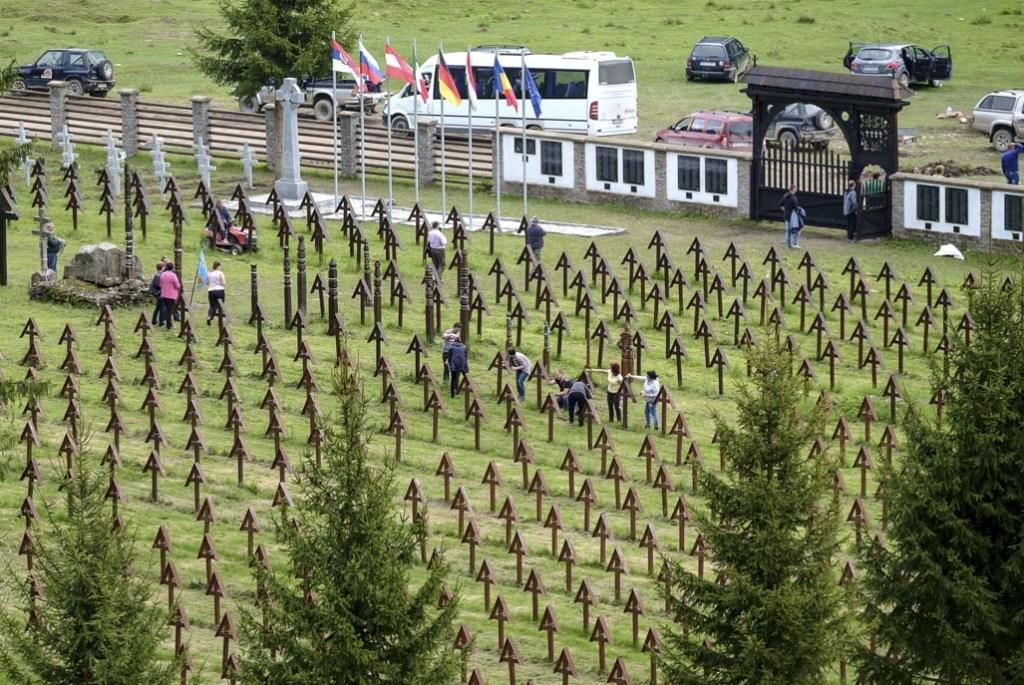 Lezárja az úzvölgyi temetőt a csíkszentmártoni önkormányzat