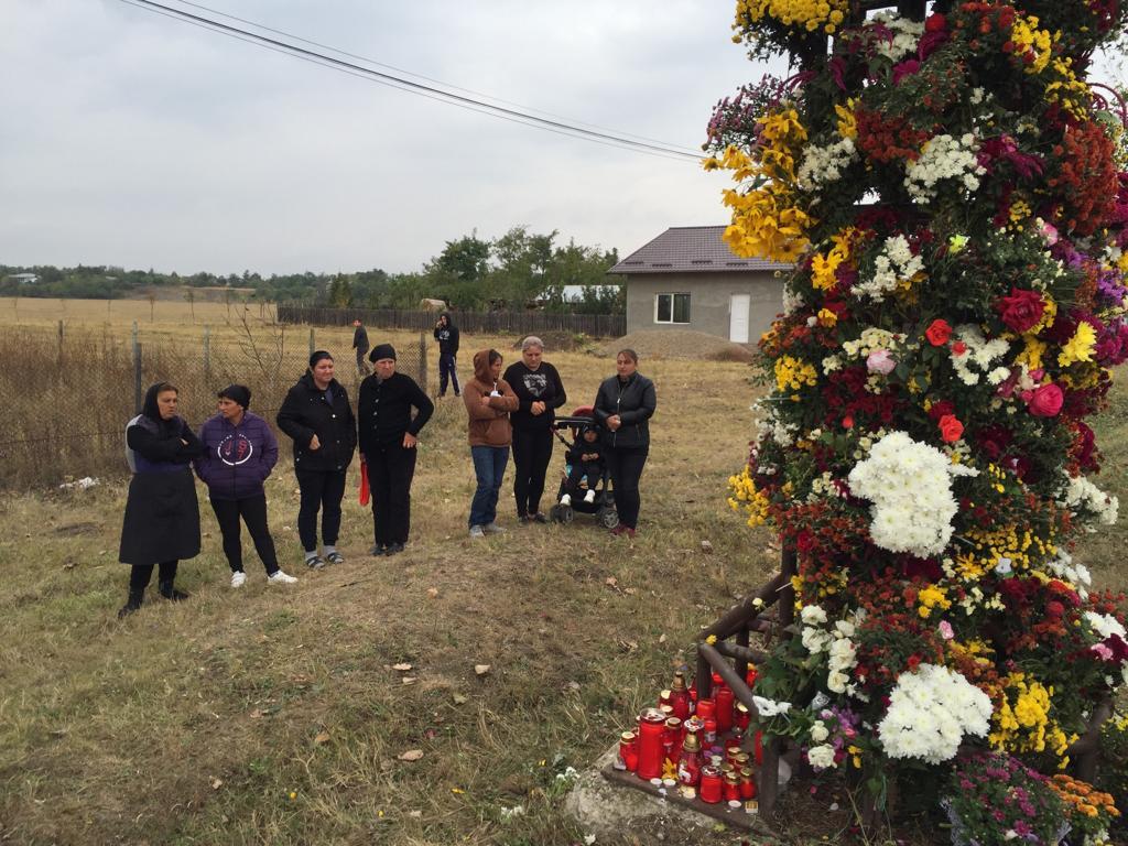 Tizenöt gyermek veszítette el az anyját a szombati közúti szerencsétlenségben