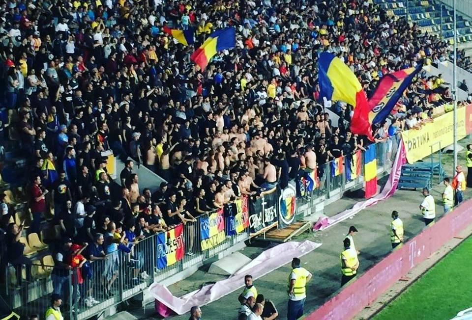 Minősíthetetlenül gyalázták ismét a magyarokat a román ultrák