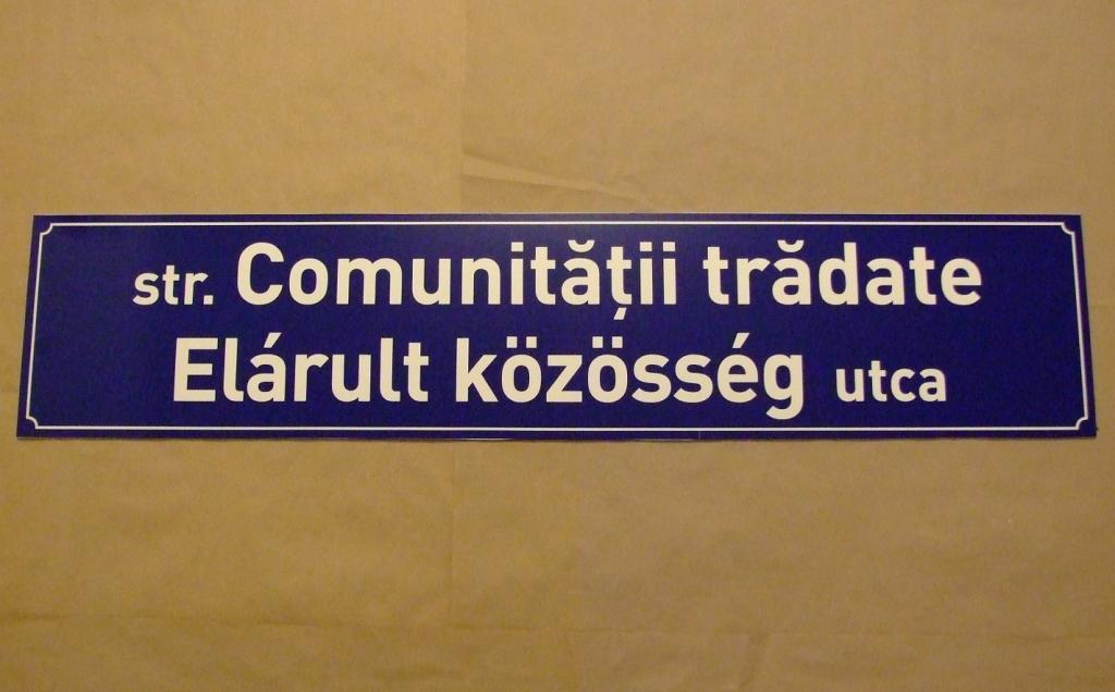 A kétnyelvűség ügyének feladása miatt, lemondásra szólította fel a városházi jegyzőt az RMDSZ