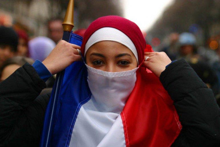 tárgyaló muszlim nők franciaországban