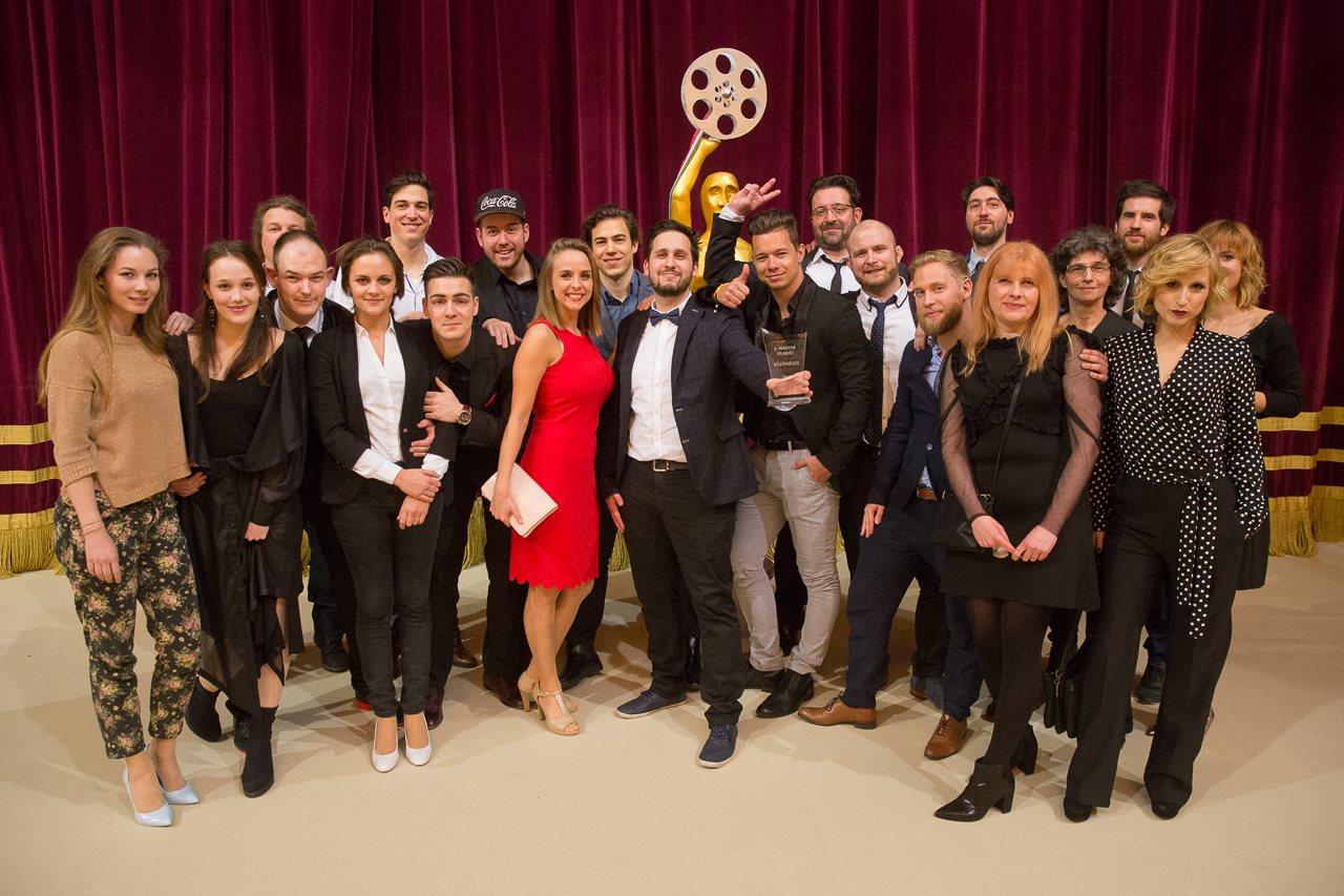 A film stábja a Magyar Filmhéten átvette a közönség díjat | Forrás: Facebook