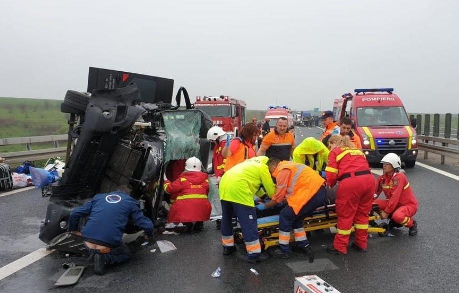 Súlyos autóbaleset az A1-es autópályán