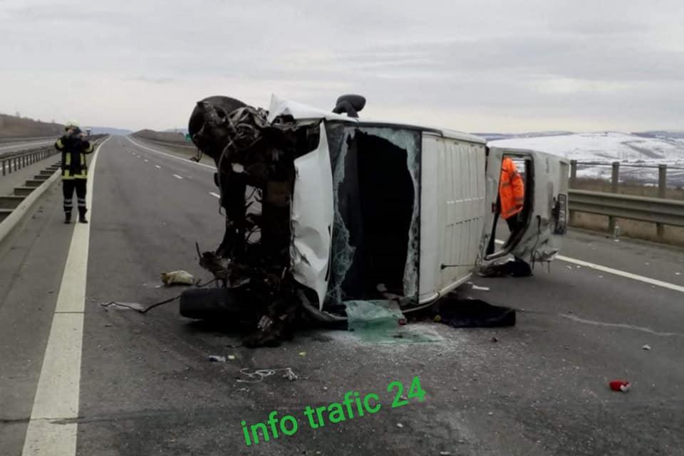 Élőben közvetítette Facebookon brutális balesetét az utasszállító mikrobusz sofőrje