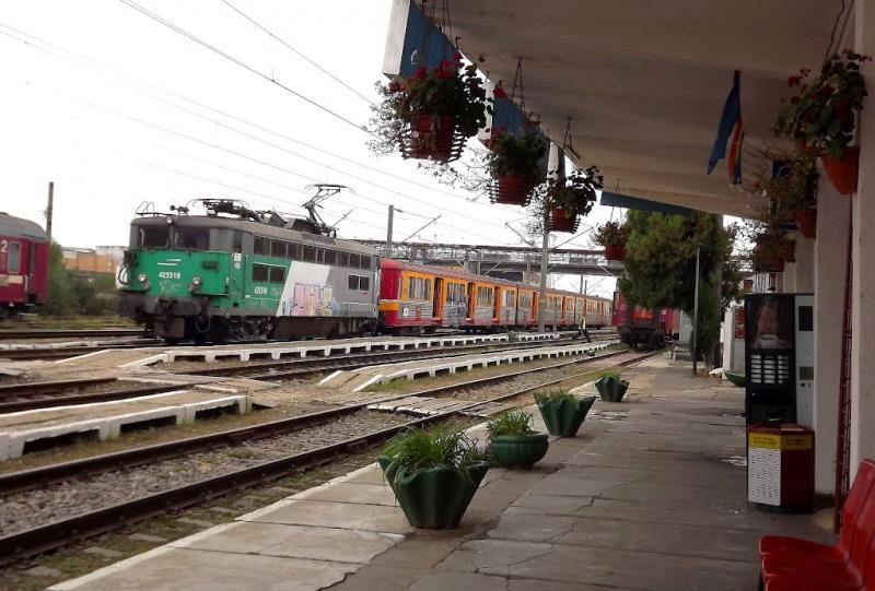 Lefejezett a vonat egy fiatalembert Újaradon