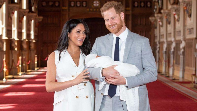 Diana hercegnő legkisebb unokájának neve: Archie Harrison Mountbatten-Windsor