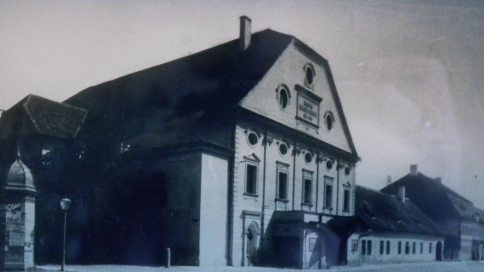 A Farkas utcai első kőszínház, amelynek Janovics Jenő volt az utolsó igazgatója