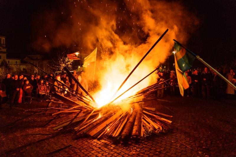 Több mint 80 településen gyújtottak vasárnap őrtüzet a székely autonómiáért
